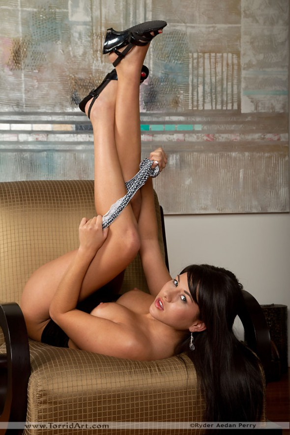 Shyla Jennings Stripped